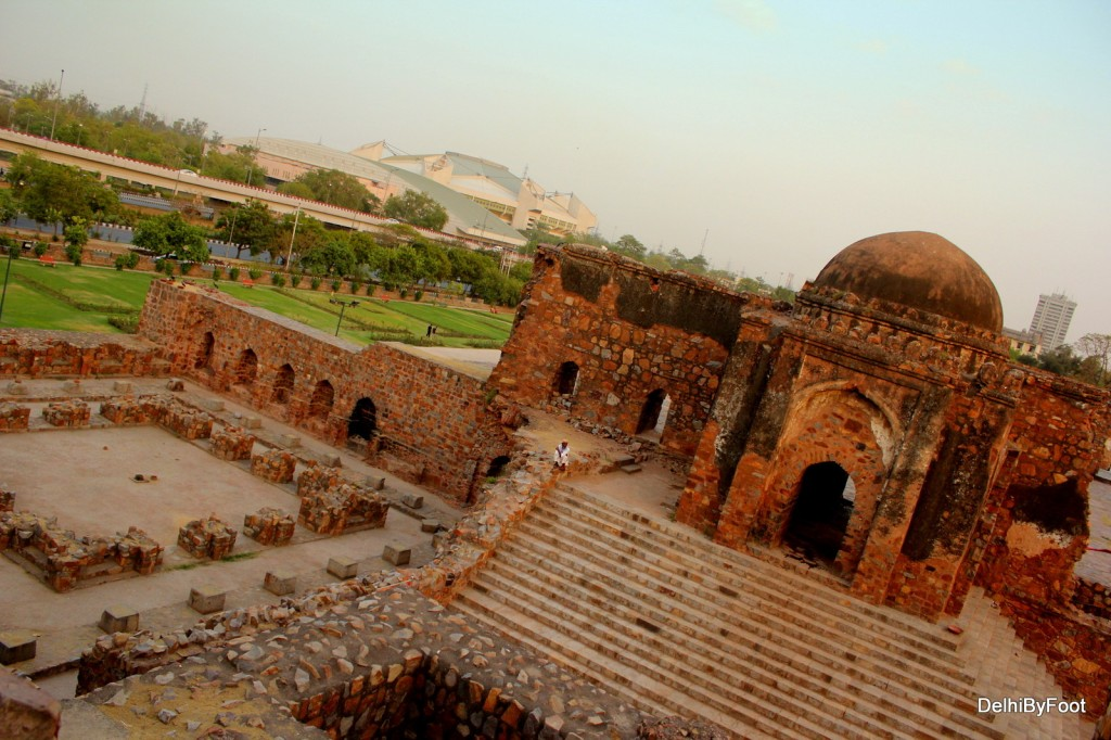 Gateway of Jami Masjid inside Ferozshah Kotla fort